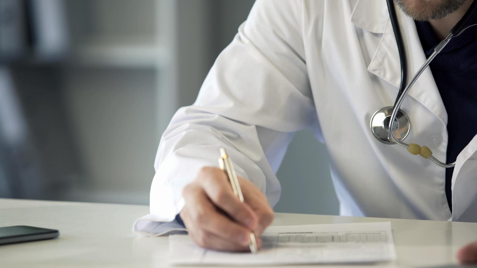 Lo que debes de hacer para desgravar un seguro médico