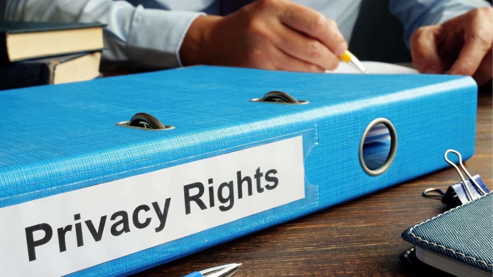 El derecho a la intimidad del paciente: riesgos y certezas